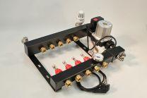 Collecteur en acier, réglable avec débitmètres sur boucle et régulation de température constante, pompe et by-pass [Prix par set]